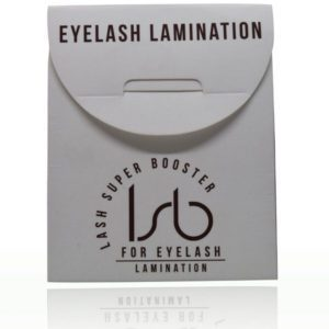 Lash Super Booster eyelash lamination cream is used at the end of the Lash Lift treatment. As a result, the eyelashes look darker and fuller.